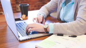 Hintergrundbild Pitrium Online Kurse von Industrie Experten LearnDash